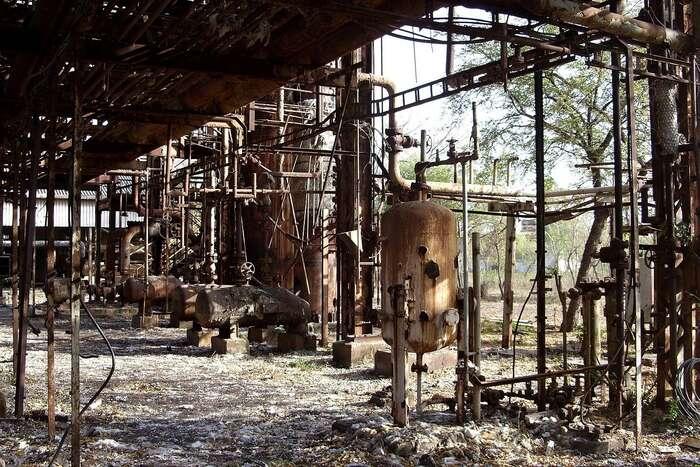 Katastrofa chemické továrny vindickém Bhópálu připravila oživot třicet tisíc lidí astatisíce sepotýkají snásledky podnes. Foto Julian Nyča, WmC