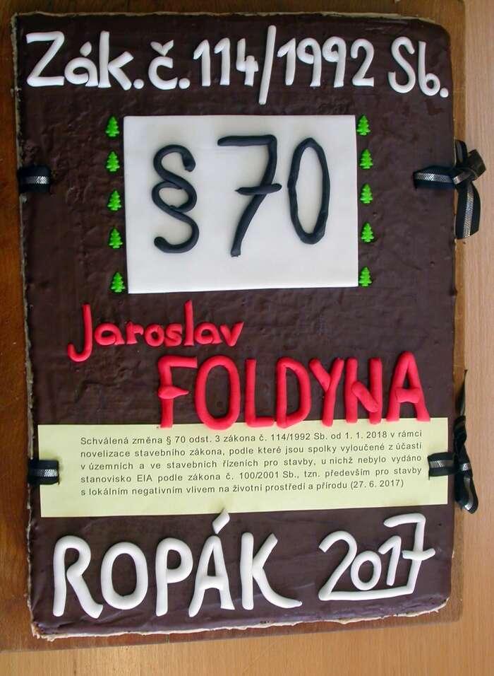 Jaroslav Foldyna zasvůj návrh obdržel cenu Ropák roku. Dnes už víme, že návrh reflektoval vůli většiny občanů. Foto FBDěti Země