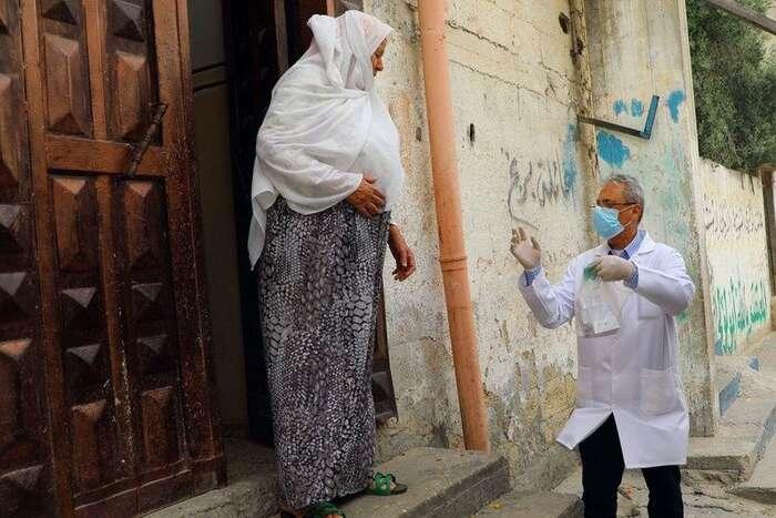 Zdravitnictví vGaze bylo napokraji kolapsu už před koronavirovou epidemií. Ivzhledem khustotě osídlení jezde situace těžko zvladatelná. Foto Khalil Adwan, UNRWA