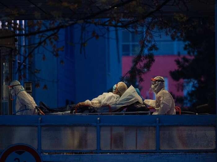Arenberger poslední dobou komentoval epidemii hlavně prizmatem ředitele významné nemocnice, jež sescovidem potýká doslova vprvní linii. Foto Facebook FNKrálovské Vinohrady