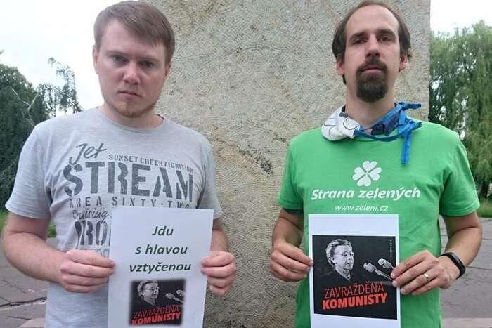 Vyprázdněný antikomunismus jetu stále zakořeněn apřispívá ktomu, že zelení hledají vlastní místo, jímž jeprůsečík levice aliberalismu, napolitické mapě tak obtížně. Foto FBStrana Zelených Ostrava