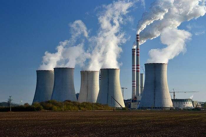 Česká republika sidrží řadu nelichotivých prvenství. Jedlouhodobě čistým vývozcem elektřiny, patří mezi první desítku největších vývozců elektřiny nasvětě — a ječtvrtým největším znečišťovatelem rtutí vEvropě. Foto Petr Kinšt, WmC