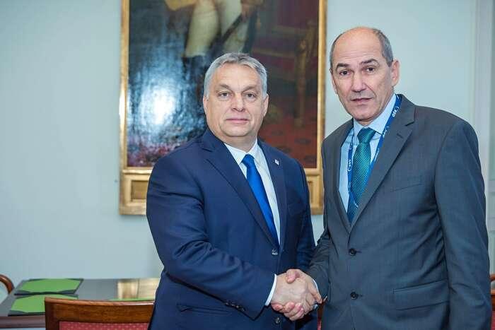 """Patří-li khlavním zastáncům rozšiřování Victor Orbán apodobně naladěný slovinský prezident Janez Janša, který senedávno nechal slyšet, že Unii """"je třeba balkanizovat"""", jejasné, že vyhlídky dalších uchazečů očlenství nejsou úplně nejlepší. Přesto má další rozšiřování smysl. Foto EPP, WmC"""