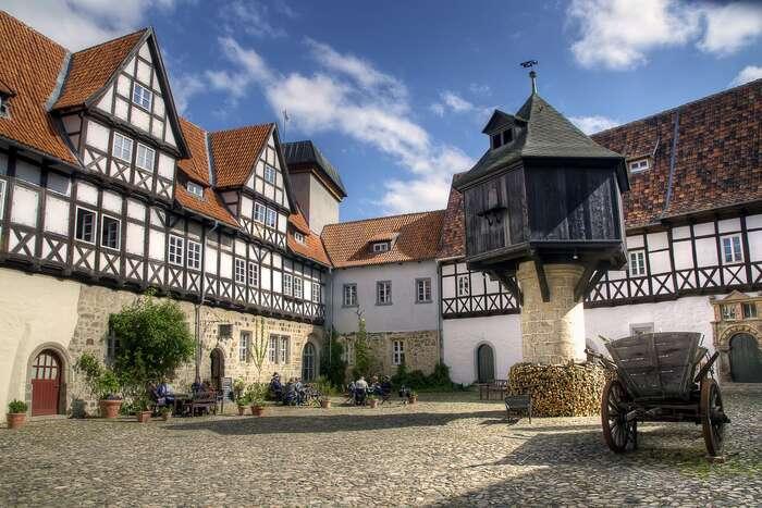 Quedlinburg jekrásný asi jako Český Krumlov, codo intenzity zážitku, ač neco dostavebního stylu. Foto Joachim Drexel, WmC