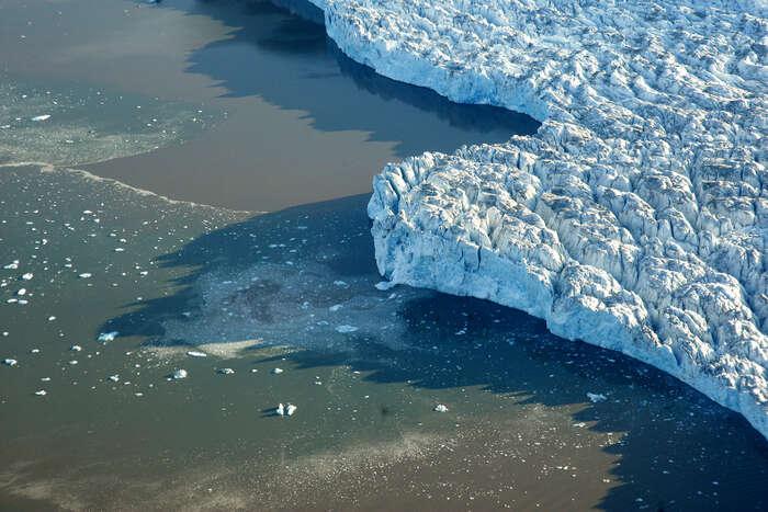 Pokud například tání arktického ledového příkrovu přesáhne určitou míru,