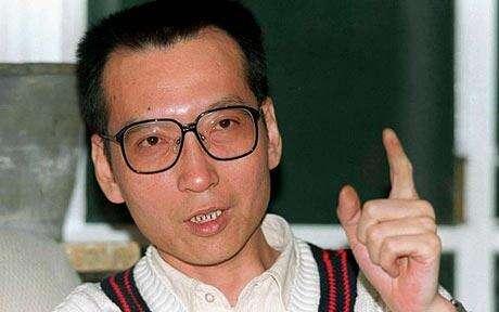 Držitel Nobelovy ceny zaliteraturu ajeden zautorů Charty 2008, nyní vězněný Liou Siao-po. Foto HumanRightsHouse.org